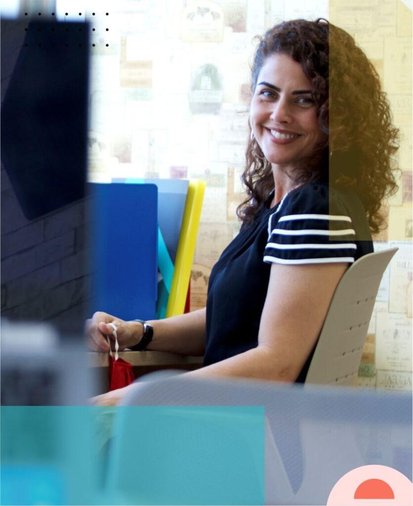 Marta Aroucha innova corporacao mobiliario